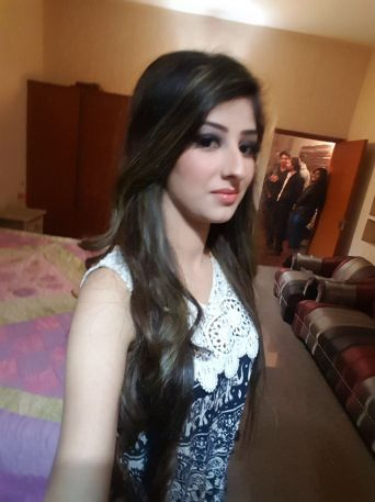 Shanaya-indian Escorts